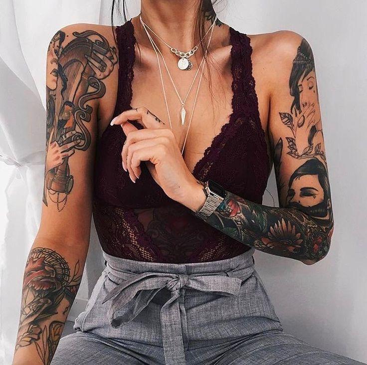 @michellechristyn ✨✨ . . . . #tattoo #ink #tattoos #blackwork #art #istanbul #dövme #fashion #linework #dotwork #tattoodesign…