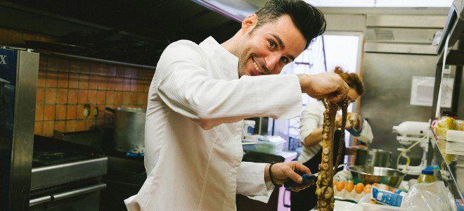 Ο κορυφαίος Ιταλός σεφ Ρενάτο Μέκολι αποκαλύπτει τα καλύτερα μέρη για φαγητό στην Αθήνα [ΛΙΣΤΑ] #athens