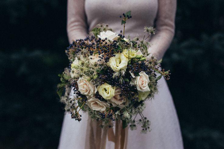 http://jonatanjan.cz, http://www.eventista.cz, http://ejvifreedom.com , #eventista #wedding # #czech #blogger  #viburnum #bouquet #whimsical