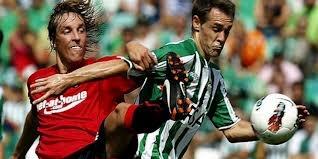 Prediksi Skor Mallorca vs Real Betis 21 Mei 2013 - Pertandingan awal minggu ini akan mempertemukan dua tim berbeda di kancah terelit Inggris dalam hal posisi klasemen. Pertandingan lanjutan Primera Liga Spanyol antara Mallorca vs Real Betis akan berlangsung pada tanggal selasa, 21 Mei 2013 mendatang. Diprediksikan Real Betis akan meraih kemenangan pada pertandingan ini.
