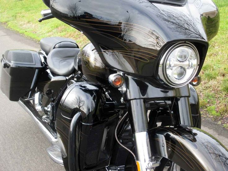 Used 2015 Harley-Davidson FLHXSE CVO STREET GLIDE Motorcycles For Sale in Oregon,OR. 015 Harley-Davidson® CVO™ Street Glide® The CVO™ Street Glide® motorcycle. This is the hot rod bagger decked out fender to fender with Premium BOOM!™ Audio Sound, infotainment, custom details and mind-blowing paint Project RUSHMORE led to: the Reflex™ Linked Brakes with ABS, the Daymaker™ LED headlamps and fog lamps, brighter Tour-Pak® luggage carrier lighting, brighter turn signals, brighter brake lights…