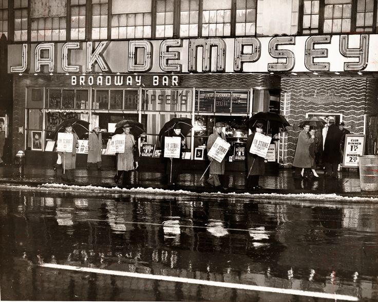 Jack Dempsey's Broadway Restaurant Photography