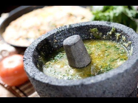 Salsa verde morelense - Green salsa - Recetas de salsa - YouTube