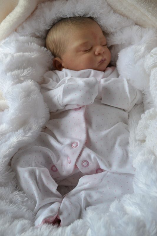 Noa by Gudrun Legler brought to life by Baby Banter member Catherine Turner at Kate;s Cradles