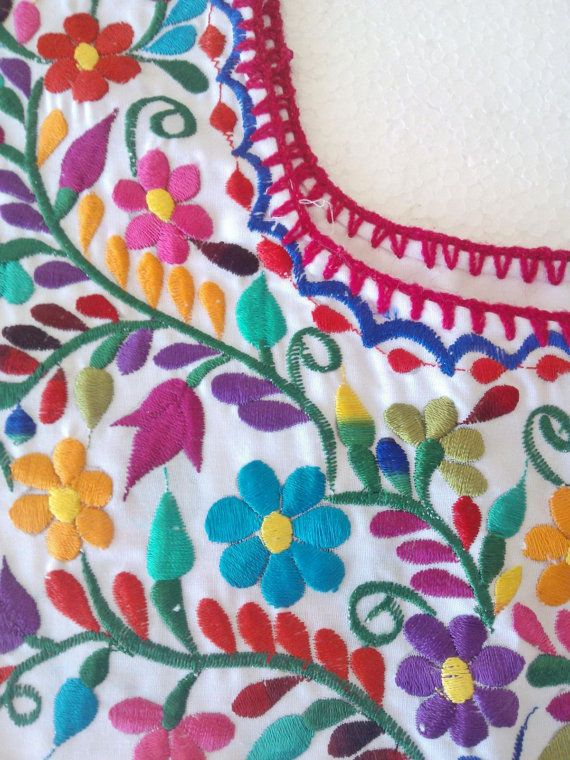 Hand Embroidery mexican Blouse Boho chic top Folk by MXArtsCrafts