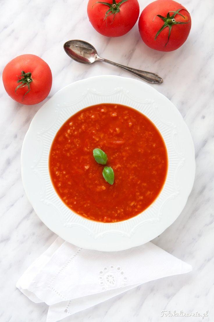 Szybka zupa pomidorowa z ryżem