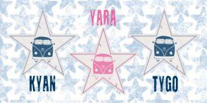 Geboortekaartje drieling met retrobusjes #geboortekaart #langwerpig  #drie #jongetjes #zoontjes #meisjes #dochtertjes #sterrenprint #sterren #ster #vw #busje #stoer