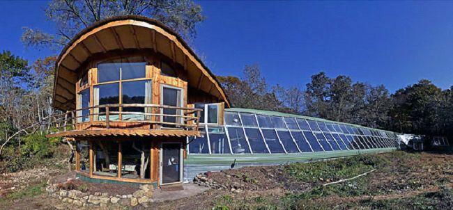 Gundersen solar greenhouse