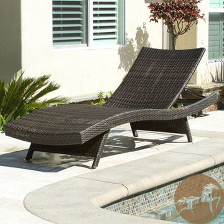 Braid Black Rattan Outdoor Chaise Lounge For Traditional Patio