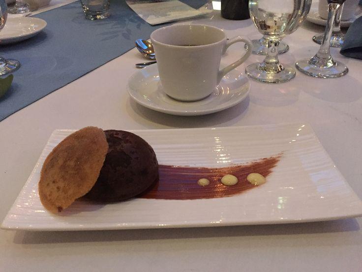 Molten chocolate lava cake   #dessertstyle #lavacake #chocolatecravings