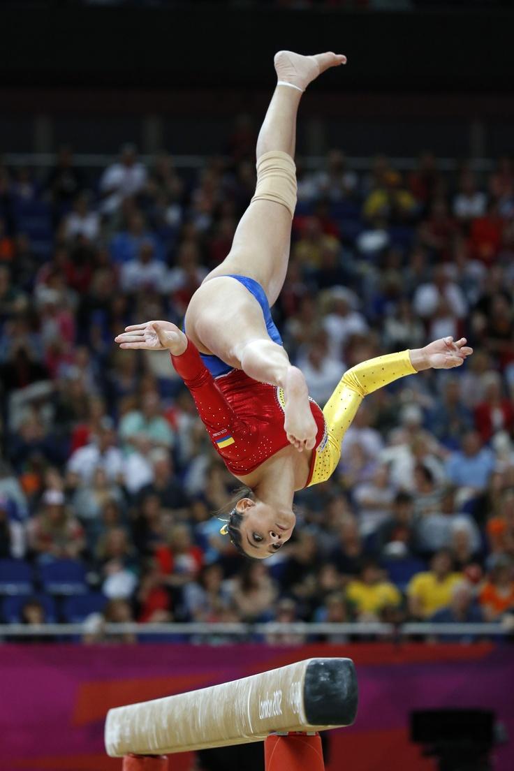 La gimnasta Jessica Gil Ortiz en su sesión en la viga