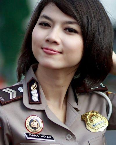 Model Rambut Polwan Indonesia Populer - Model Rambut