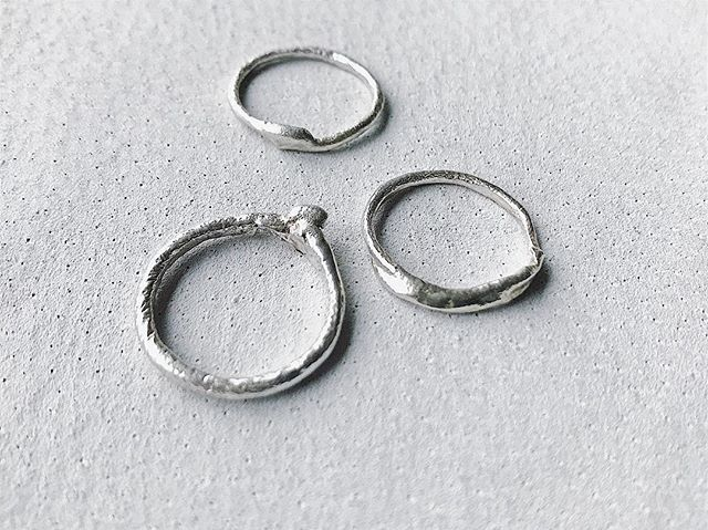 Fluid . Liquid silver modern ancients rings #workinprogress . #tamaragomezstudio #sculptural #spiritinspired #liquidsilver  #goldsmith #craftanddesign #lovesilver #showmeyourrings #madewithlove #stackoftheday #thehandmademovement #quietluxury #londonmakers #craftmansship #madeinlondon #cockpitarts #rawluxury #texture #modernancients