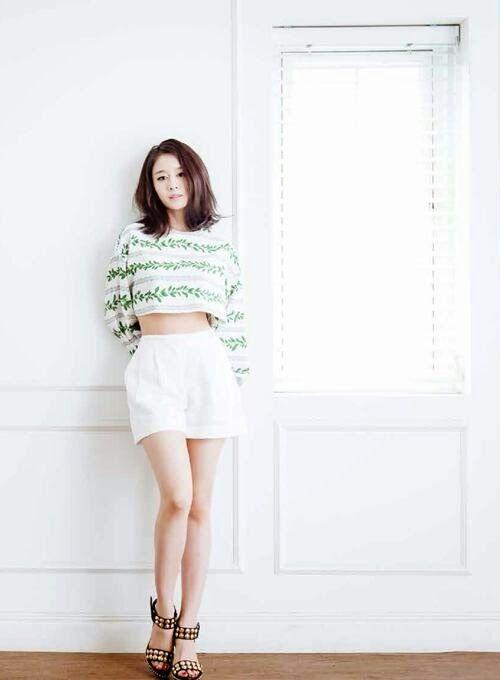 T-ara's lovely JiYeon for K-Wave magazine's July issue! ~ T-ara World ~ 티아라
