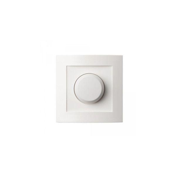 Een enkele universele dimmer van het merk Tradim met KEMA keurmerk. Geschikt voor het dimmen van LED-drivers en halogeen transformatoren, laag voltage. Niet geschikt voor 230 volt LED-lampen, de retrofit LED- lampen. Inclusief hotelschakeling.