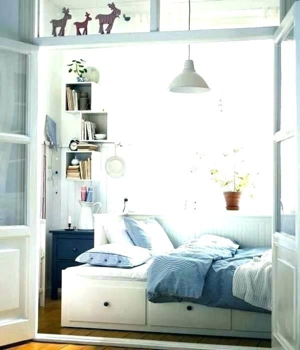 92 Wonderful Stylish Storage Ideas For Small Bedrooms In 2020 Small Bedroom Furniture Guest Room Design Small Guest Rooms