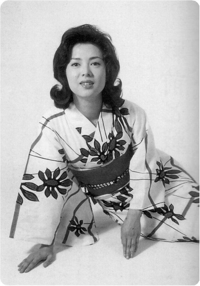 sakuma yoshiko 佐久間良子 1939 japanese actress 昭和 女優 女優 芸能人