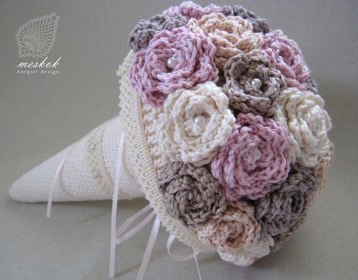 Crochet Flower Bouquet Patterns : 25+ best ideas about Crochet bouquet on Pinterest Free ...