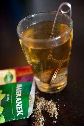 Katar: zaparzyć 2 łyżeczki majeranku/ szkl. wody (3x dziennie)