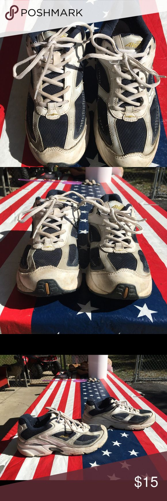 Men's Avia Cantilever Running Shoes Blue, white and gray. Size 9.5. These have been worn. They show some dirt, but tread looks in good condition. Avia Shoes Sneakers