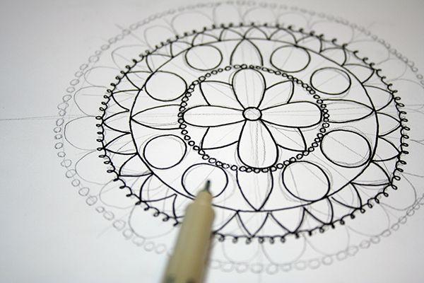 How to draw a mandala tutorial