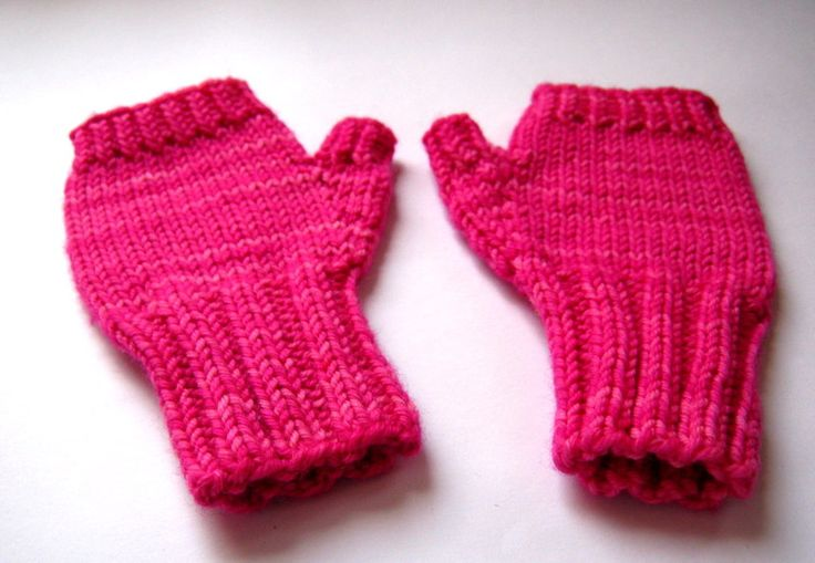 Fingerlose Handschuhe Kleinkind, Pink, Armstulpen  von frostpfoetchen auf DaWanda.com