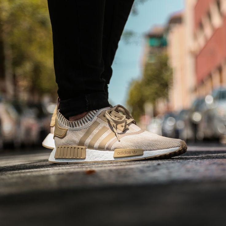 Nosotros no podemos elegir un solo color de las nuevas Adidas NMD R1. ¿Y tú? https://www.zapatosmayka.es/es/catalogo/hombre/adidas-originals/deportivos/zapatillas/421066160893/nomad-r1-pk/
