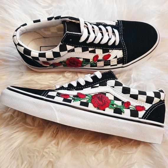 Embroidered rose vans – Goldenplugs