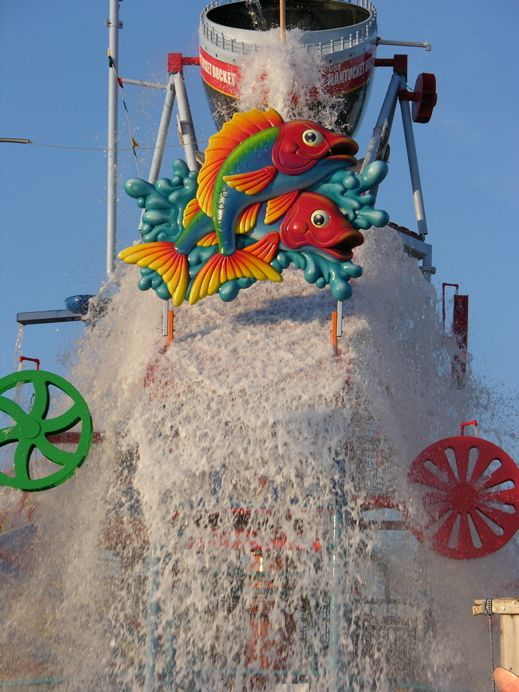 Each water-themed park offers its own unique spin on classic aquacentric rides.