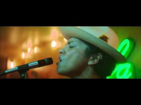 Bruno Mars - Gorilla [Official Music Video] - HOT HOT HOT