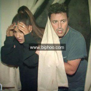 Ariana Grande Can't Keep Her Cool In Ellen Degeneres Haunted House http://www.biphoo.com/celebrity/ariana-grande/news/ariana-grande-cant-keep-her-cool-in-ellen-degeneres-haunted-house