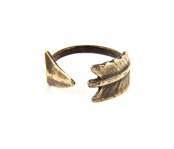 Arrow Ring by GwenDelicious on Etsy