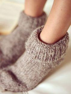 Die Zwiebel ist ein altes und bewährtes Hausmittel. Wir verraten Ihnen, warum Sie jede Nacht eine Zwiebel in Ihre Socke füllen sollten.
