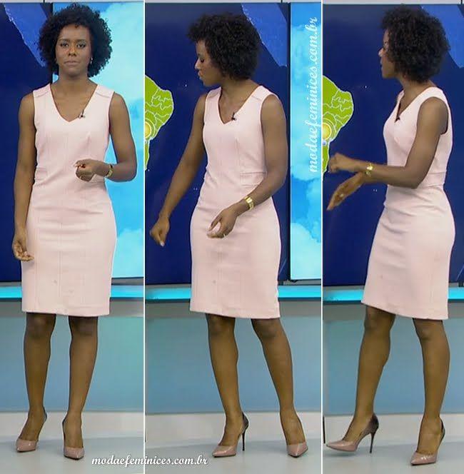 Look do dia: Vestido tubinho rosa antigo para o trabalho - Jornalista Maju Coutinho do Jornal Nacional - Previsão do Tempo | http://modaefeminices.com.br/2016/11/30/look-do-dia-vestidos-envelope-e-tubinho-para-trabalho/