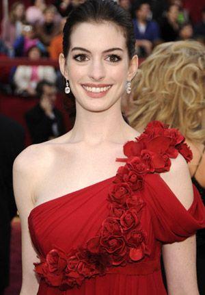 Anne Hathaway - so pretty!