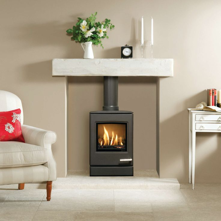 The CL3 is the smallest of the new contemporary gas stoves from Yeoman. Underneath the smooth, modern lines of the CL3 lies a powerful, high efficiency stove