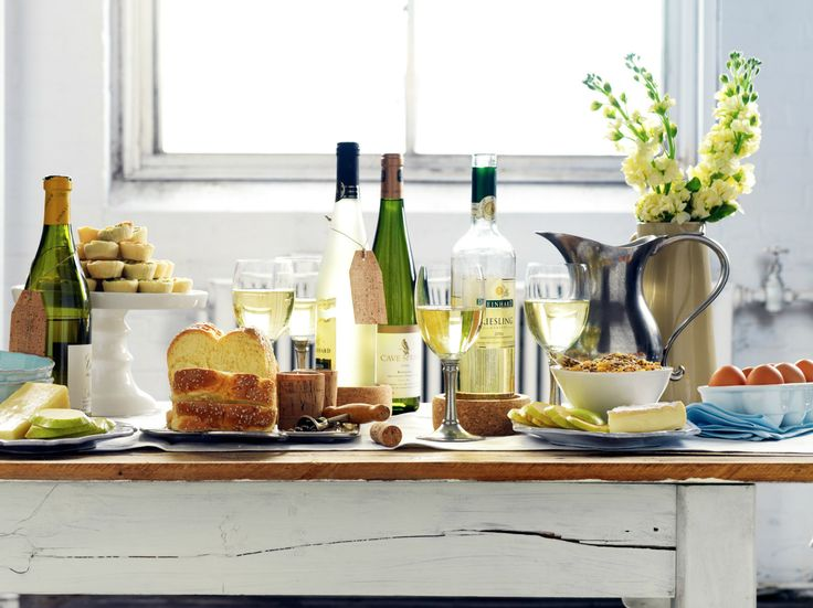 Donna Griffith: This is a shot from her creative series, that she did on the side, not for a client. I think it really shows a lot of her strongest qualities in one photo. The use of natural light, the way she is able to frame all of the clutter in one shot. The way she is able to create a clutter in the photo, and yet its still beautiful