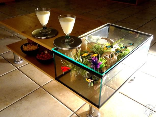 Table basse LED aquarium sans fil