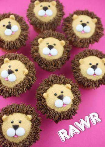 Royally Cute Lion Cupcakes