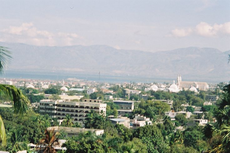 Port-au-Prince (/ˌpɔrtoʊˈprɪns/; French pronunciation: ​[pɔʁopʁɛ̃s]; Haitian Creole: Pòtoprens) is the capital and largest city of the Caribbean country of Haiti. The city's population was estimated at 897,859 in 2009 with the metropolitan area (aire métropolitaine) estimated at a population of 2,296,386.[1] The metropolitan area is defined by the IHSI as including the communes of Port-au-Prince, Delmas, Cite Soleil, Tabarre, Carrefour, and Pétion-Ville.  The city of Port-au-Prince is on the…