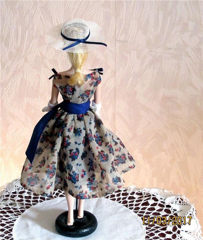 OOAK Barbiekläder i 60-tals stil. Från Niemi's Doll Fashion OBS 6 dagars
