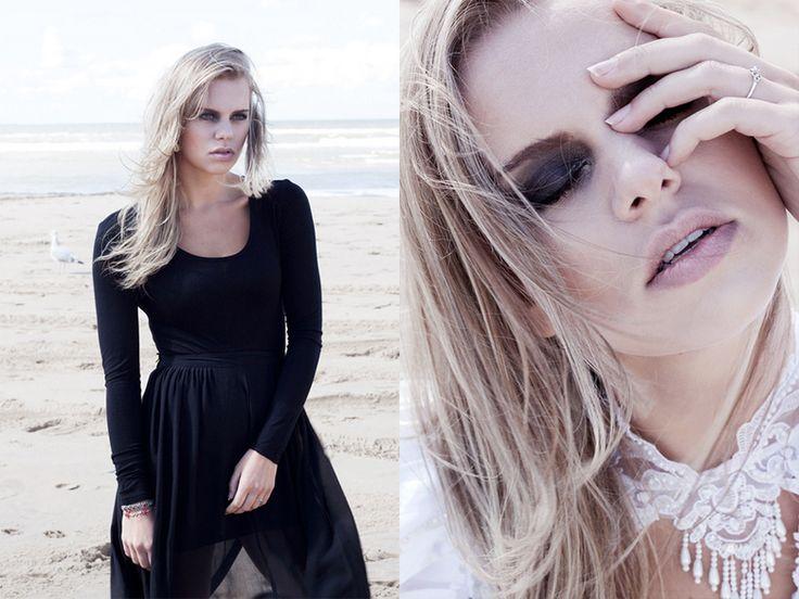 "Black widow ""Mourning for emotions, repressed and buried…""  Model: Wieteke Konings @ Innocence model agency Make-up, styling, concept & fotografie: Stephanie Verhart"