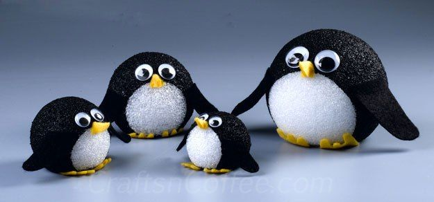 Kids craft: Easy painted penguins made with Styrofoam balls. CraftsnCoffee.com.