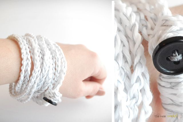 DIY: crochet necklace / bracelet