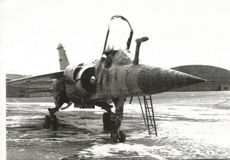 Este avión, C-14-65, se quemó durante una puesta en marcha