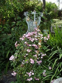 It's like live art. Leave a scupture in your yard thats beautiful to look at (could be a large mushroom or a wire tree) and in summer ensure it is near a vining flowers like sweet peas and see it crawl up and color the image. Could also do a perennial vine so it's more constant. So cool!