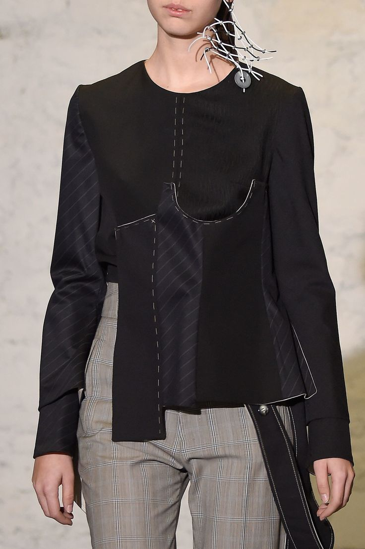Anne Sofie Madsen at Paris Fashion Week Fall 2016 - Details Runway Photos