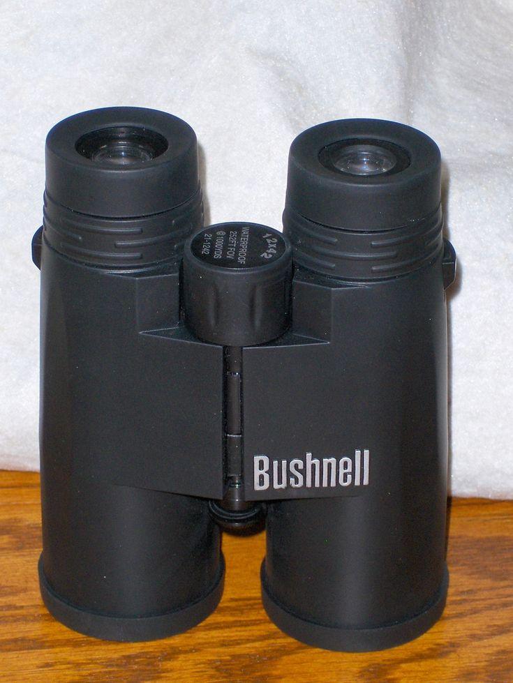 Bushnell Binoculars 12 X 42 1000 Yards 21-1242 Waterproof 252 FT FOV