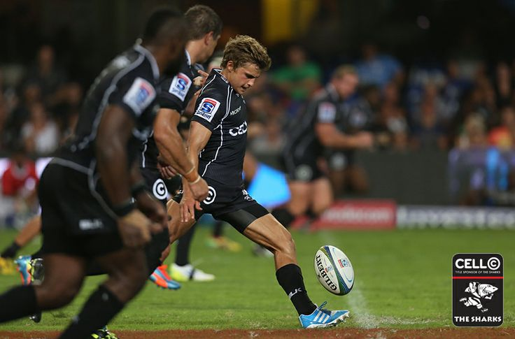 Pat Lambie getting the #SuperXV game underway against the #BlueBulls in #Durban come on @Matty Chuah Sharks