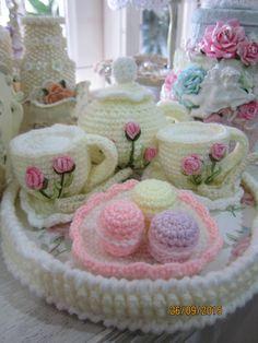 Crochet tea party set- created by Annie Msgardengrove1
